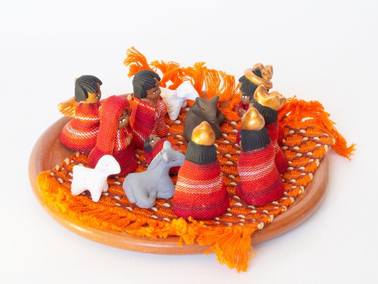 Tallas en madera y textil Portal de Navidad